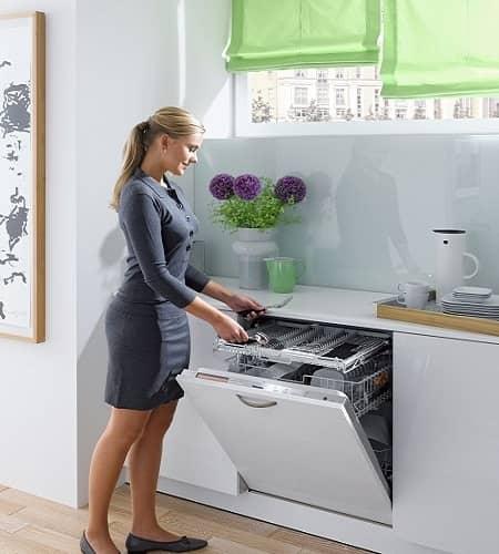 Выбор встраиваемой посудомоечной машины – практические советы, рекомендации
