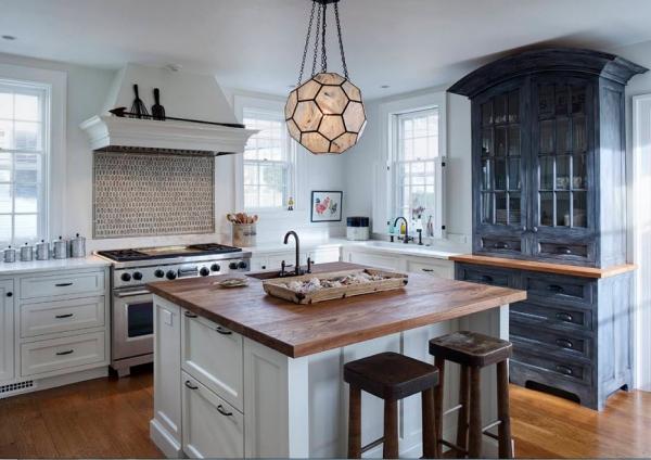 Буфет на кухне: Все за и против