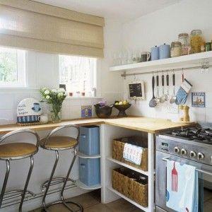 Как обустроить маленькую кухню в хрущевке? Дизайн проекты и креативные решения