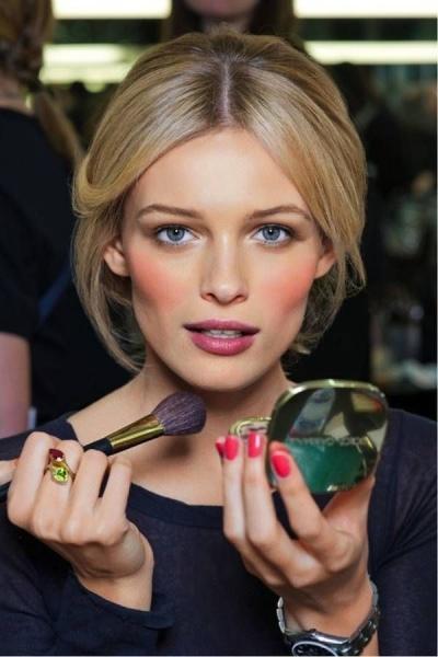 Летний макияж, воплощение нежности и естественной красоты