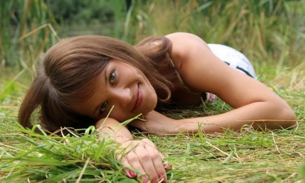 5 эффективных способов которые помогу осветлить волосы на руках