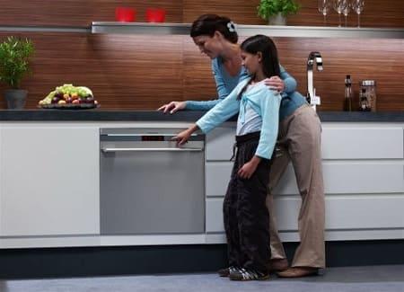 Топ-10 лучших посудомоечных машин: отзывы и анализ рынка