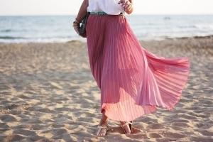 Как правильно гладить юбку со складками, чтоб не испортить ее