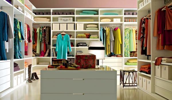 Планировка гардеробной комнаты: от А до Я